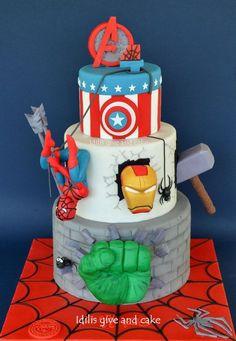 Cakes, superhero party food, superhero cookies, pastel avengers, avenger ca Avengers Birthday Cakes, Hulk Birthday, Superhero Birthday Cake, 5th Birthday, Superhero Party, Superhero Cookies, Birthday Ideas, Pastel Avengers, Bolo Angry Birds