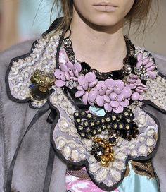 Marni Fall 2009 Runway Details ... (credits) repinned by Jourdan Dunn on 'Hottest of the Honey Pot' click pic to follow more content like this ♥'all