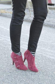 burgundy boots on The Urban Umbrella