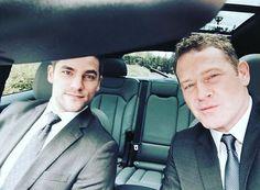 Foto – Due sexy bodyguard sul set di 50 Sfumature di Rosso
