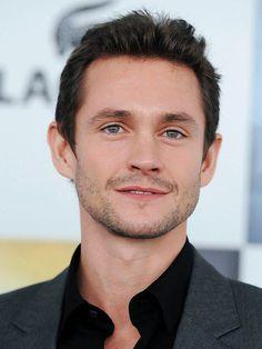 Hugh Dancy, he's gorgeous!!! <3