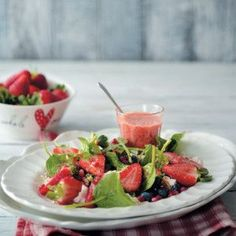Christmas Berry Salad #Salad #Berry #Recipe #SouthAfrica