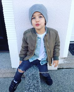 Cute Baby Girl Outfits, Little Boy Outfits, Cute Baby Clothes, Outfits Niños, Kids Outfits, Cool Outfits, Hongkong Outfit, Toddler Boy Fashion, Baby Swag