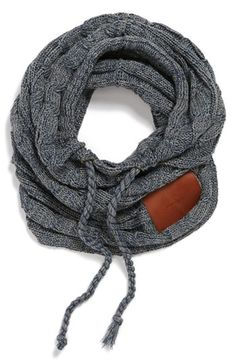 Trendy scarf alternative