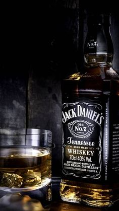 Super classy jack photo Almost clashes with my memories of it. Possibly a bit too photoshopped ? Bebidas Jack Daniels, Whisky Jack Daniels, Jack Daniels Drinks, Jack Daniels No 7, Jack Daniels Bottle, Jack Daniels Distillery, Jake Daniels, Whiskey Girl, Cigars And Whiskey