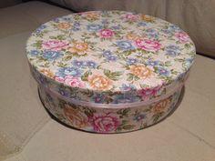 Caixa redonda grande Estampa floral
