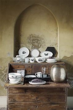 DAY HOME AW14 www.day-home.dk Beautiful Table Settings, Different Seasons, Beautiful Images, Home Kitchens, Tableware, Pictures, Photos, Dinnerware, Tablewares