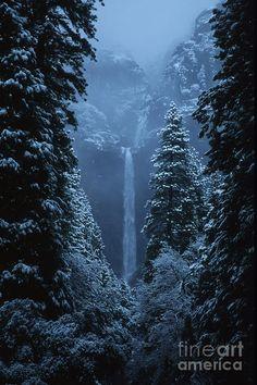 ✯ Yosemite Falls in January
