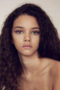 Character inspiration portrait photography, beauty photography, natural lashes, natural face, natural looks Beauty Makeup, Hair Makeup, Hair Beauty, Beauty Tips, Beauty Skin, Beauty 360, Beauty Ideas, Beauty Care, Beauty Secrets