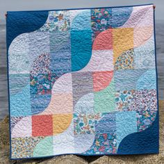 Tide Lines Quilt by Kim Andersson. Tidal Lace fabric collection by Kim Andersson of I Adore Pattern for Windham Fabrics. Photo by Danielle Collins.