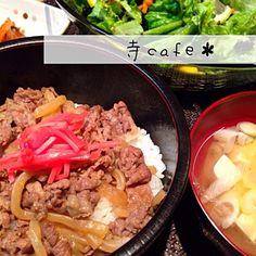 生卵とか、要らない家族です - 45件のもぐもぐ - シンプルに、牛丼せっと! by mayumi3