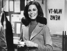How Mary Tyler Moore Turned The World On With Her Style | HuffPost