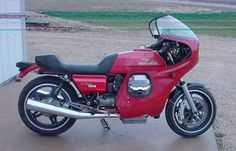 "1986 Moto Guzzi LeMans 1000 :: ""Racy LeMans 1000"" 