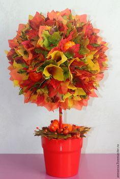"""Купить Топиарий """"Дары Осени"""" - желтый, красный, оранжевый, кленовые листья, искусственные фрукты"""