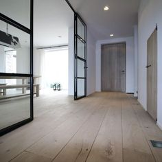 Home Living Room, Living Room Designs, Living Room Decor, Living Spaces, Beige Room, Interior Decorating, Interior Design, Floor Colors, Windows And Doors