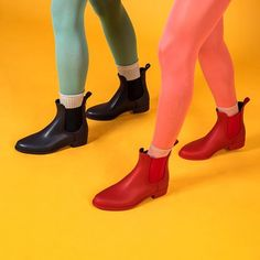 Christmas elves are coming to town 🎄 Shop now: SPLASH 01 & 05 Jelly Shoes, Christmas Elf, Elves, Rubber Rain Boots, Shop Now, Lemon, Photo And Video, Yellow, Stylish