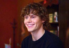 Evan peters! <3