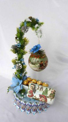 ru / Фото - Новый год 2015 - Diy Christmas Gifts For Kids, Mini Christmas Tree, Christmas Candy, Handmade Christmas, Christmas Tree Decorations, Vintage Christmas, Christmas Crafts, Christmas Ornaments, Candy Crafts