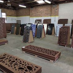Introducing Australia's first decorative screen outlet store! Living Effects, our platinum supplier has opened a second store selling ready-made screens in a variety of designs and sizes right across from the Highpoint Shopping Centre in Maribyrnong! 2a Williamson Road. Open 9-5 M-F, 10-4 Sat & Sun.