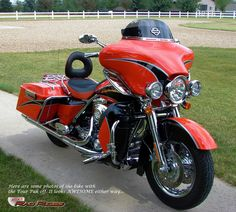 Ron's Rad Rides, LLC (Harleys, Choppers, Specialty Vehicles, Muscle Cars...) - 04 Electra Glide Screamin' Eagle CVO