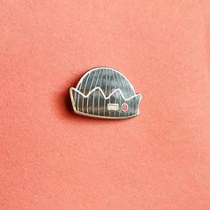 12$ ♥ Free worldwide shipping ♥ Enamel pin ♥ Butterfly clutch ♥ Jughead Jones beanie hat ♥ Inspired by Riverdale/Archie comics