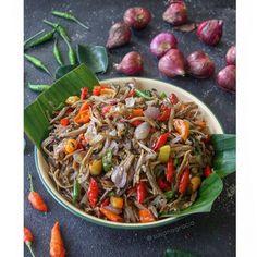 Resep olahan teri Instagram Malaysian Cuisine, Malaysian Food, Asian Recipes, Healthy Recipes, Ethnic Recipes, Asian Foods, Healthy Food, Brunch Sydney, Anchovy Recipes