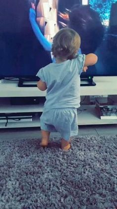Cute Funny Baby Videos, Cute Funny Babies, Funny Baby Memes, Funny Videos For Kids, Funny Short Videos, Funny Video Memes, Funny Animal Videos, Funny Relatable Memes, Funny Laugh