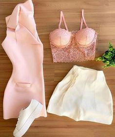Trendy Outfits, Cool Outfits, Fashion Outfits, Foto E Video, Beautiful Outfits, Bikinis, Swimwear, Party Dress, Two Piece Skirt Set