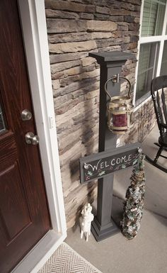 DIY Chalkboard Welcome Sign and Sign Post
