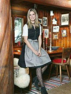 German Girls, Dirndl Dress, Traditional, Vintage, Dresses, Fashion, Fashion Styles, Fall Winter, Oktoberfest