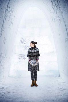 Gudrun Sjödéns Winterkollektion 2014 - Hier wurde der tolle Poncho Alaska mit dem Kleid Smilla und der warmen Strickleggings Inuit kombiniert.