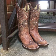 For years, Corral Boots have been the perfect fit for those looking for fine handcrafted boots. These Corral Glitter Inlay cowgirl boots are made from genuine leather. The color of this boot is hard to describe as it is not simply brown. Wedding Dress, Wedding Boots, Western Boots, Cowboy Boots, Square Toe Cowgirl Boots, Black Cowgirl, Country Boots, Anderson Bean Boots, Over Boots