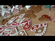 YouTube Cookie Tutorials, Royal Icing, Gingerbread Cookies, Christmas Tree, Holiday Decor, Youtube, Rabbits, Decorated Cookies, Xmas