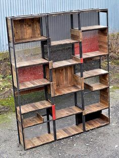 Reshaped pallet and steel shelves