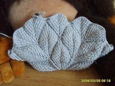 beside crochet: حقيبة كروشية عبقرية. Crochet Gratis, Crochet Tote, Crochet Handbags, Love Crochet, Irish Crochet, Puff Stitch Crochet, Crochet Stitches, Crochet Patterns, Crochet Leaves