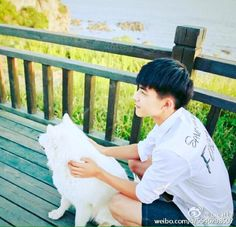 Song Wei Long, Daily Pictures, Ulzzang Boy, Actor Model, Good Looking Men, Hot Boys, Handsome Boys, How To Look Better, Singer