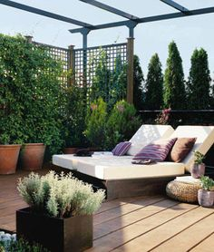 Why yes, I would like my terrace to be something like this. Too bad it's 1/10th of that size.