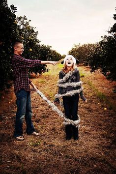 This brother/sister duo. 16 Family Christmas Photos That Are Full Of Win