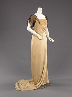 Evening dress Paul Poiret (French, Paris 1879–1944 Paris) Date: 1912–14 Culture: French Medium: silk Dimensions: Length at CB: 75 in. (190.5 cm) Credit Line: Brooklyn Museum Costume Collection at The Metropolitan Museum of Art, Gift of the Brooklyn Museum, 2009; Gift of Mrs. Andrew J. Love, 1962 Accession Number: 2009.300.2503