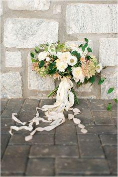 5 Lush Spring Bridal Bouquets