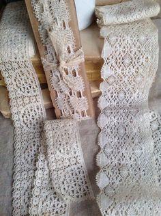 Antique Laces / Vintage Lace Trim, Bedfordshire Lace, Torchon Bobbin & Cream Honeycomb Lace Trim. 3 pcs Vintage Wedding Bears Dolls by BrocanteArt on Etsy