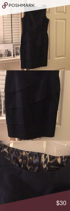 Navy dress Navy dress. Perfect for work, a shower or a night out! Size 12 connected apparel Dresses