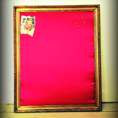 Old frame, wood, cotton, fabric and voila - Your own pinboard :)