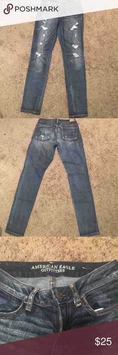 Distress Jegging American Eagle Outfitters distress jegging jean with super stretch. Very comfy, very stylish. Only worn once. American Eagle Outfitters Jeans Skinny