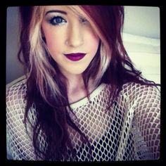 Dark brown hair with a red burgundy tone and blonde highlights. I think this looks cool. I would do colors like this to my hair.