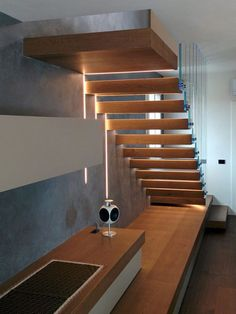 Cantilevered Stairs Home Stairs Design, Interior Stairs, House Design, Glass Stairs, Concrete Stairs, Office Under Stairs, Staircase Architecture, Cantilever Stairs, Luxury Bedroom Design