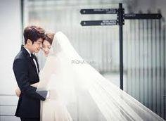 Joonmi wedding bands