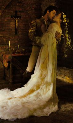 Romeo and Juliet as shot by Annie Leibovitz for Vogue