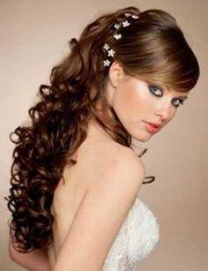 peinados de aos para cabello largo y rizado elegante