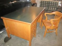 Cool Art Deco Couch With 2 Matching Chairs
